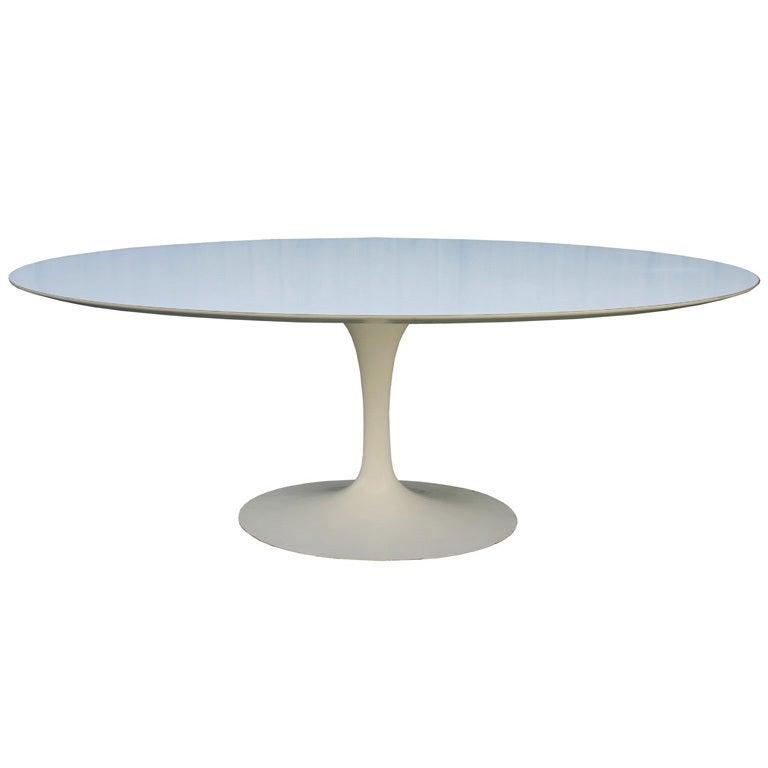 Eero saarinen oval dining table at 1stdibs - Saarinen oval dining table dimensions ...