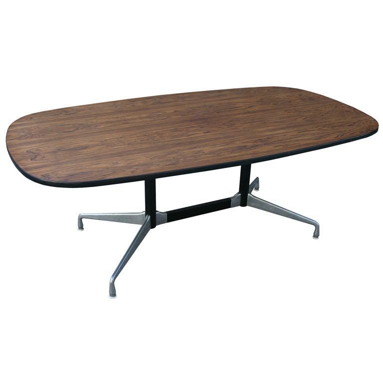 eames aluminum group table for sale at 1stdibs. Black Bedroom Furniture Sets. Home Design Ideas