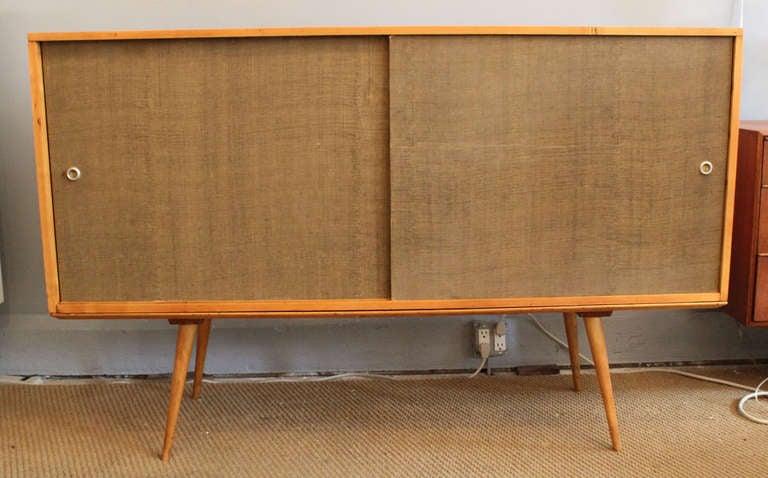 Mid-Century Modern Paul McCobb Cabinet For Sale