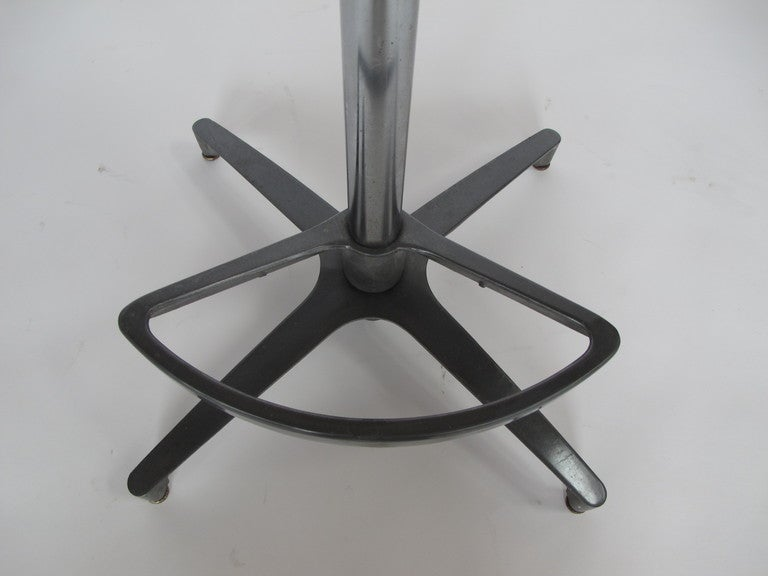 A Set Of Four Swivel Bar Stools At 1stdibs