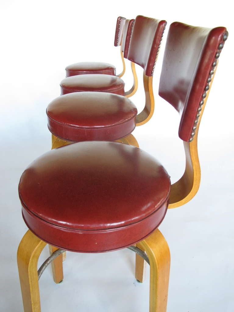 A Set Of Bar Stools By Thonet At 1stdibs