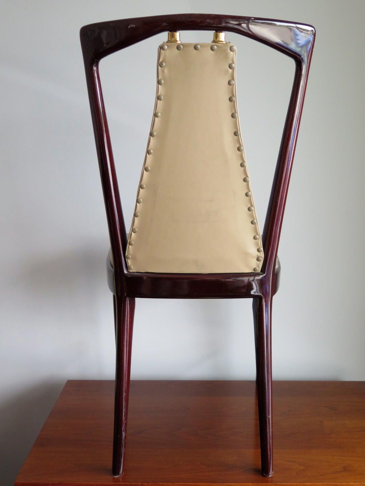 Set of 12 Elegant Chairs in the style of Osvaldo Borsani For Sale 2