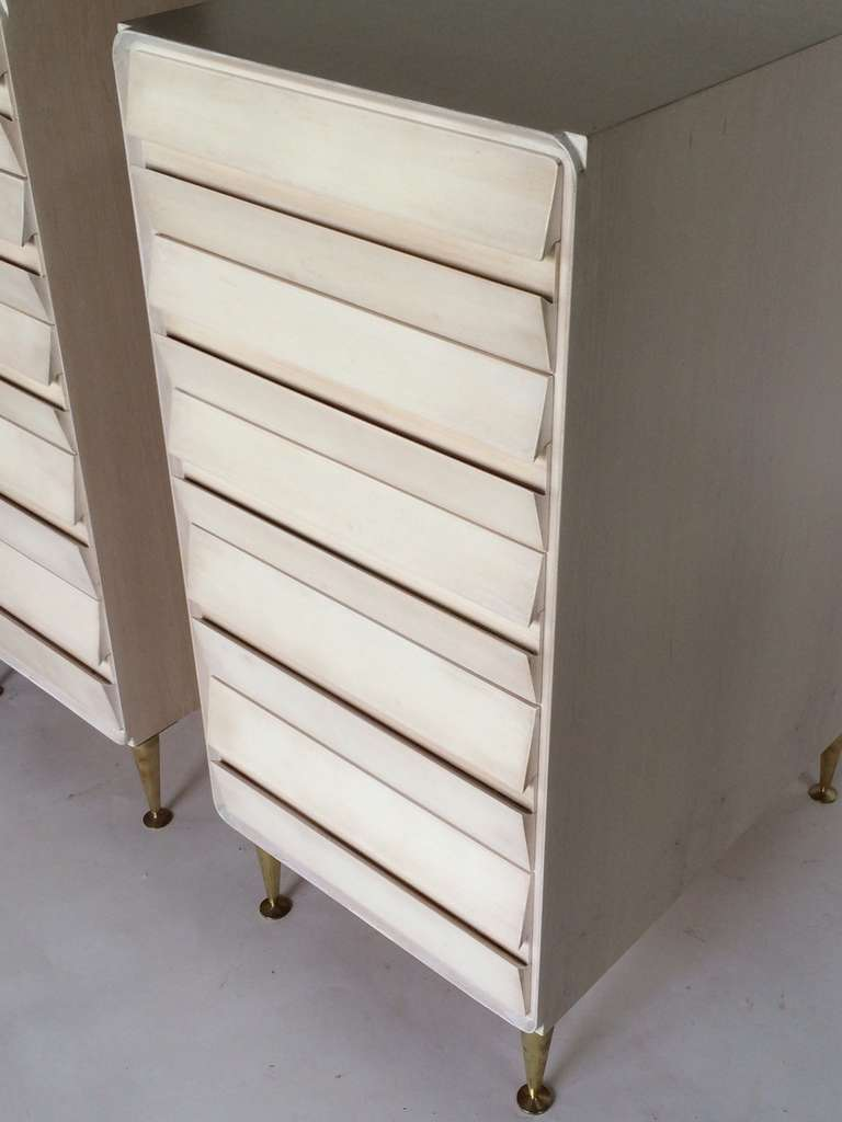 Italian A Pair of Unusual Five Drawer Chests in Birch For Sale