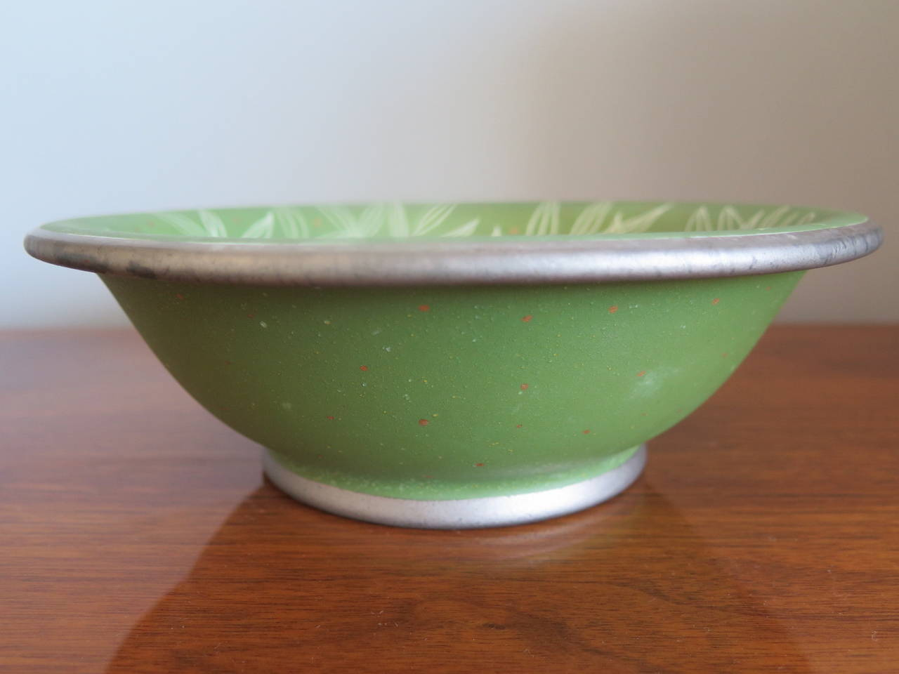 Waylande Gregory Ceramic Bowl In Good Condition For Sale In St.Petersburg, FL
