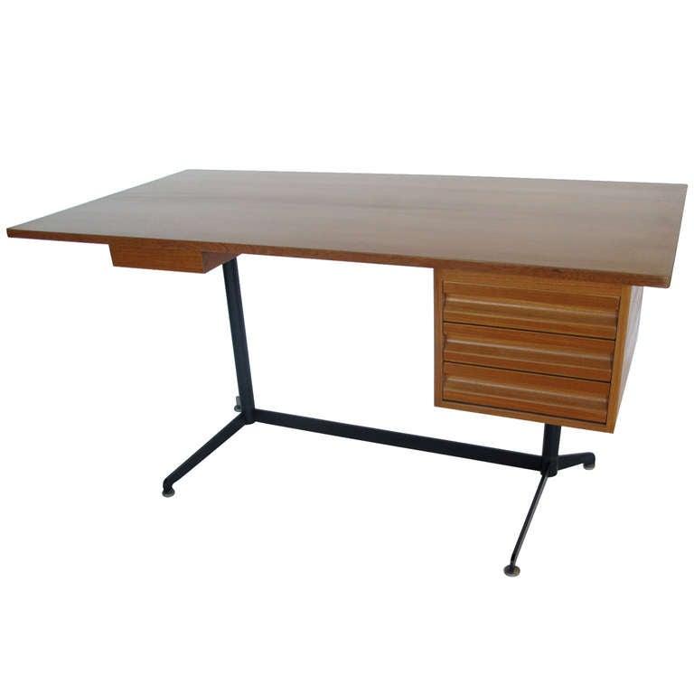 Osvaldo Borsani for Tecno Desk, circa 1950s For Sale