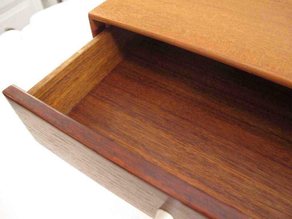A George Nelson For Herman Miller Miniature Chest #5211 In Good Condition For Sale In St.Petersburg, FL