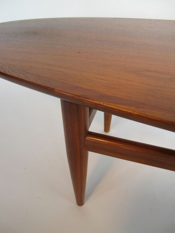 Elegant Surfboard Coffee Table By Heritage In Natural Walnut 4