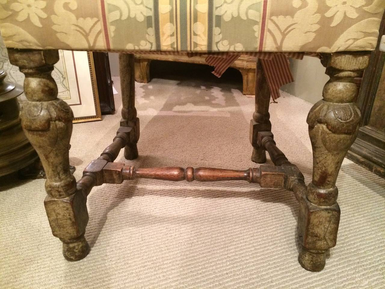 Chair table 17th century - Pair 17th Century English Hall Chairs 2