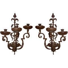 Paar Italian barocke Schmiedeeisen drei-Licht Wandlampen