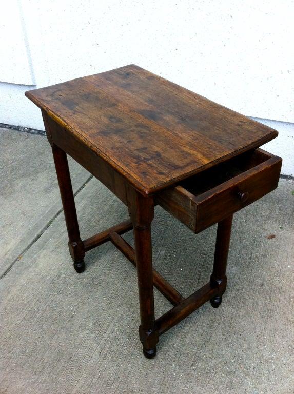 18th Century Italian Baroque Walnut Side Table For Sale