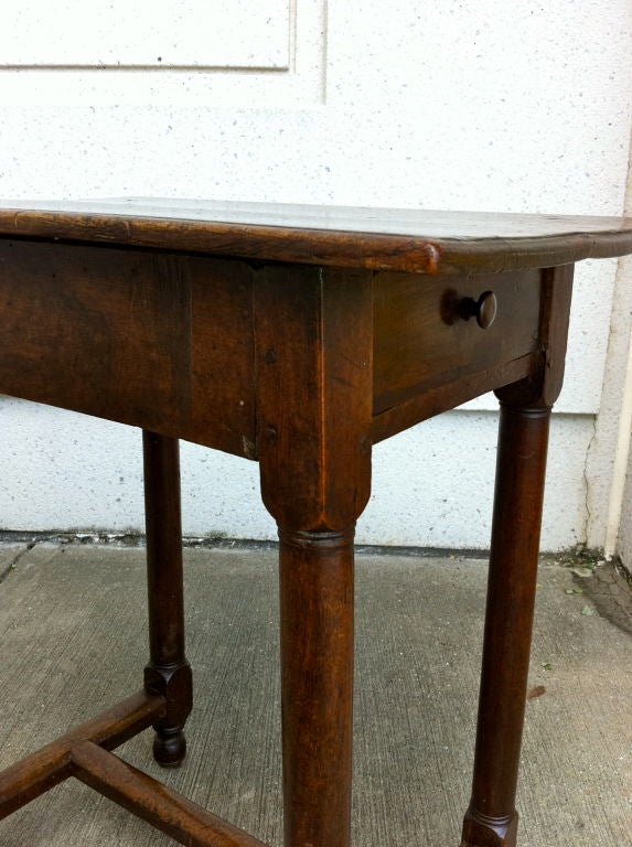 Italian Baroque Walnut Side Table For Sale 3