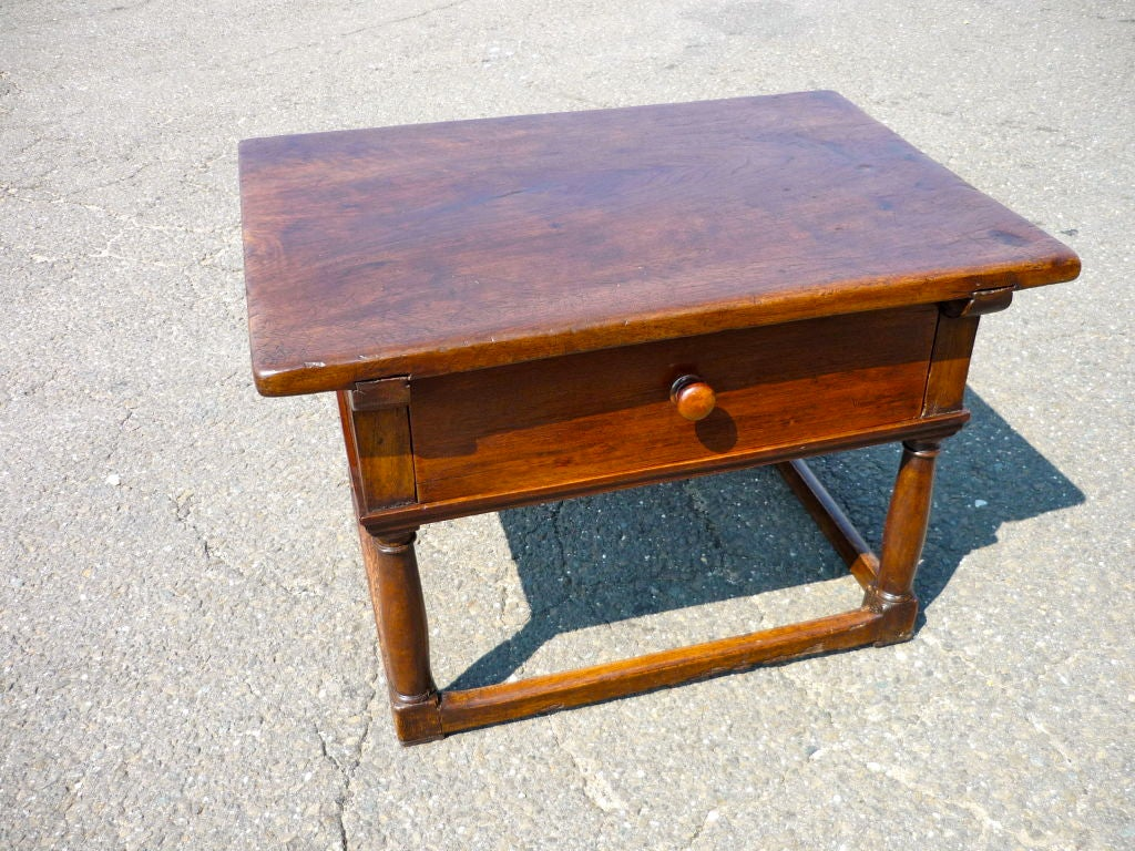 Italian Baroque Walnut Side Table 2