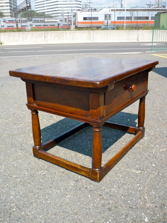Italian Baroque Walnut Side Table 4
