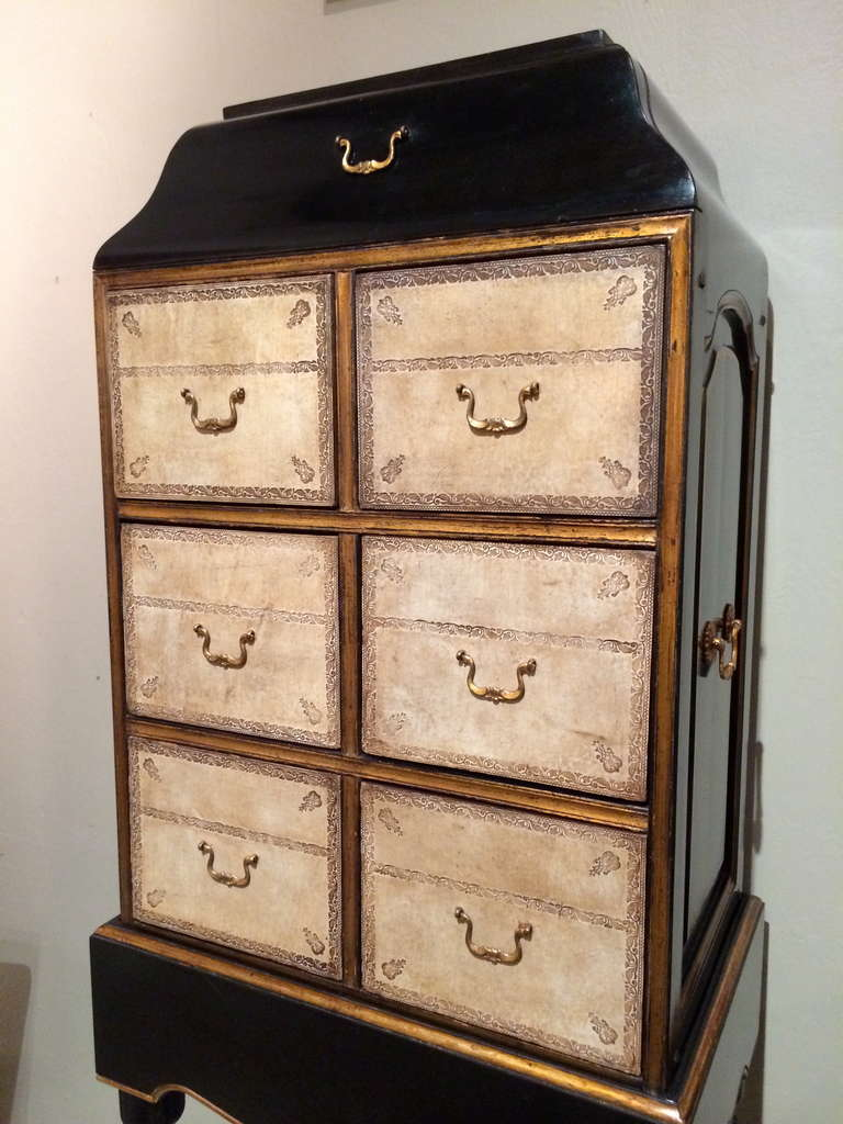 Régence French Black Lacquer and Gilt Chest on Stand with Leather Drawers For Sale