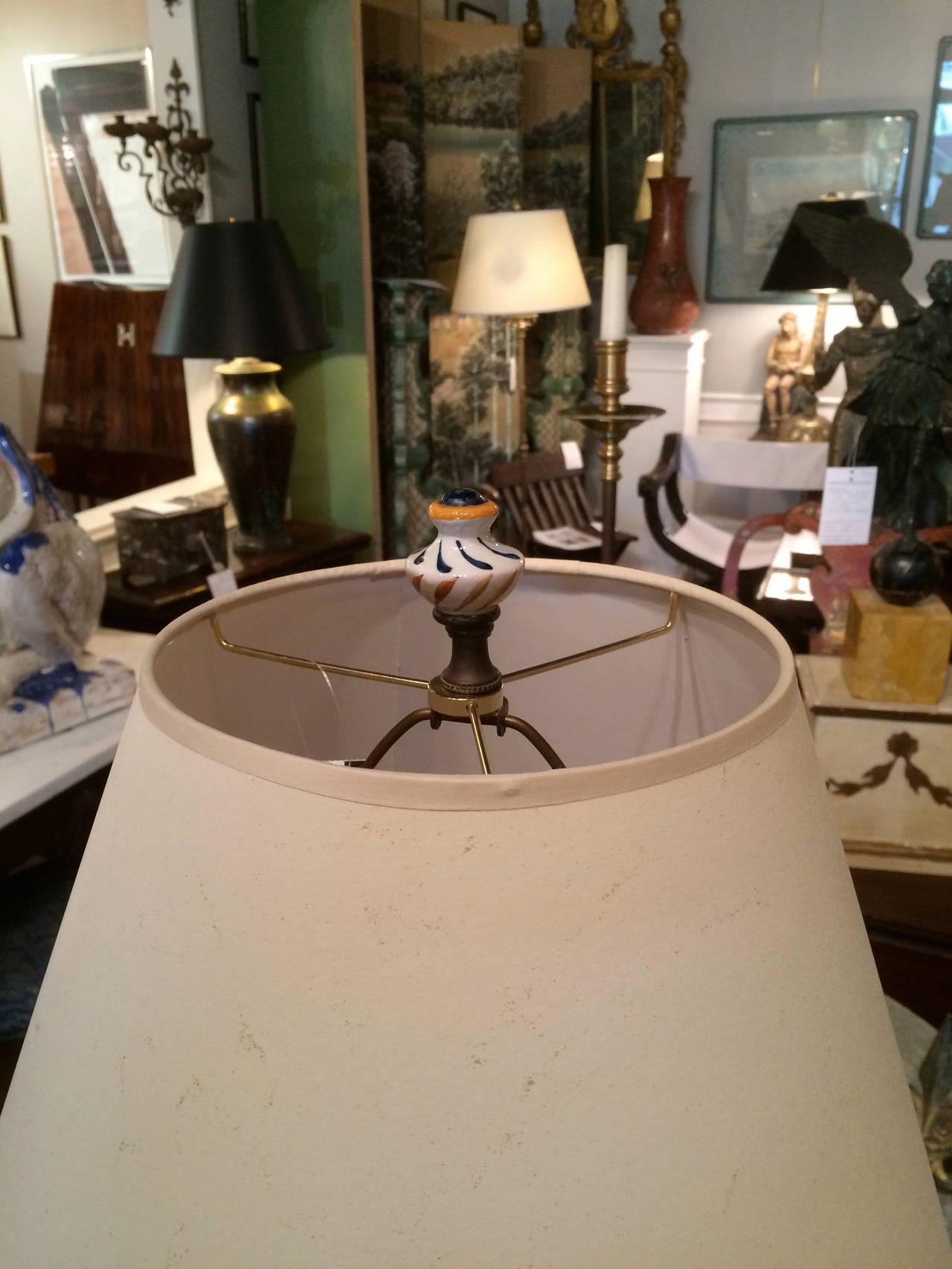 Pair of Italian Majolica Glazed Ceramic Ginori Lamps For Sale 3