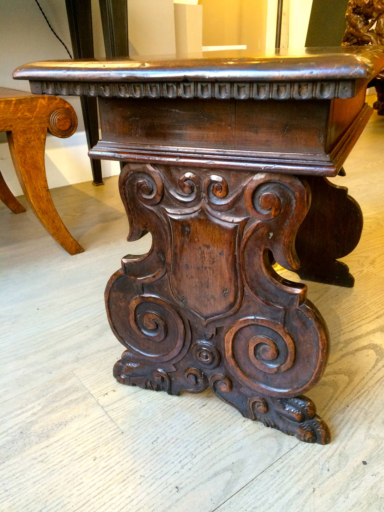 Italian Baroque Walnut Side Table For Sale 4