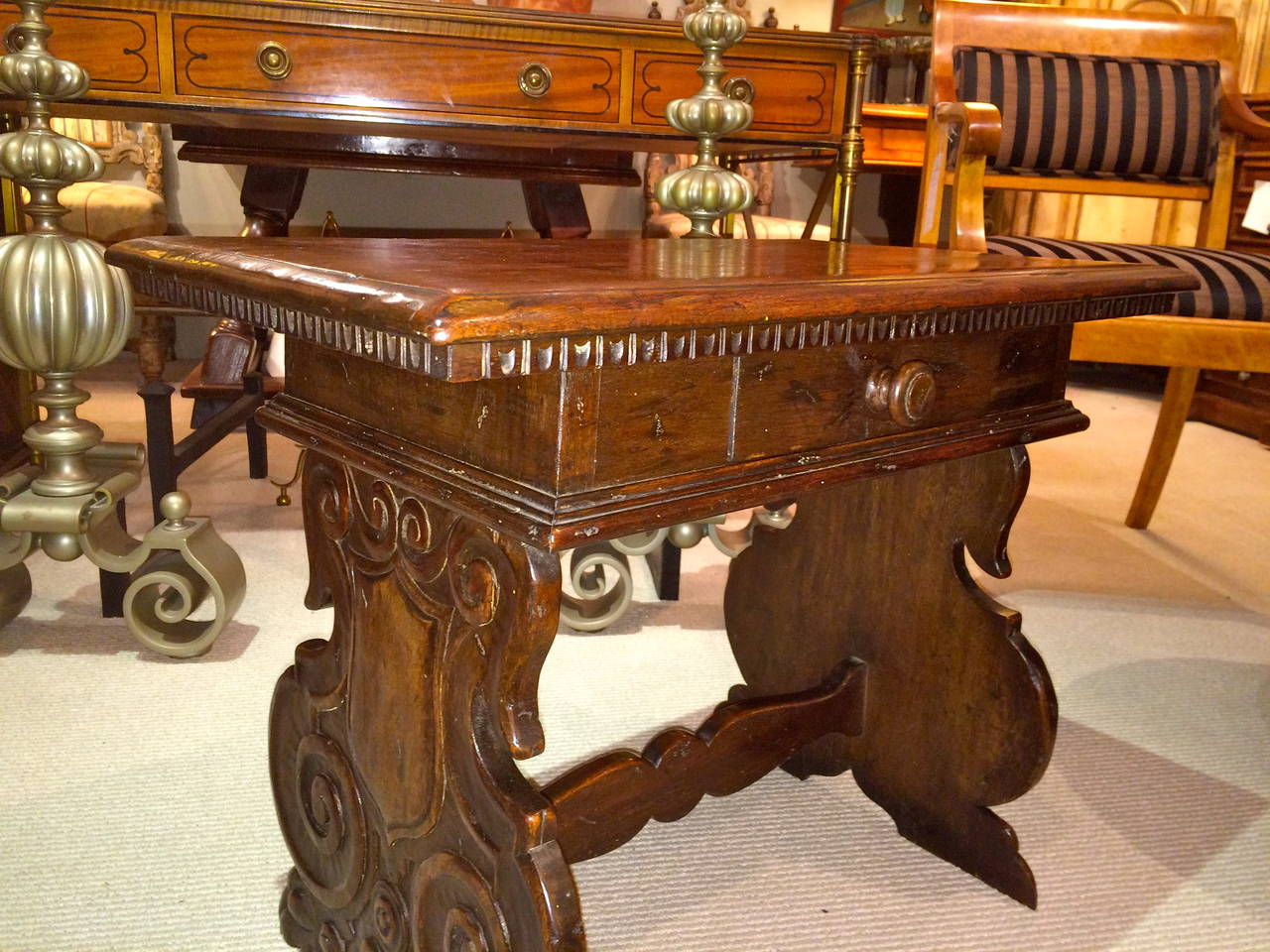 Italian Baroque Walnut Side Table For Sale 5