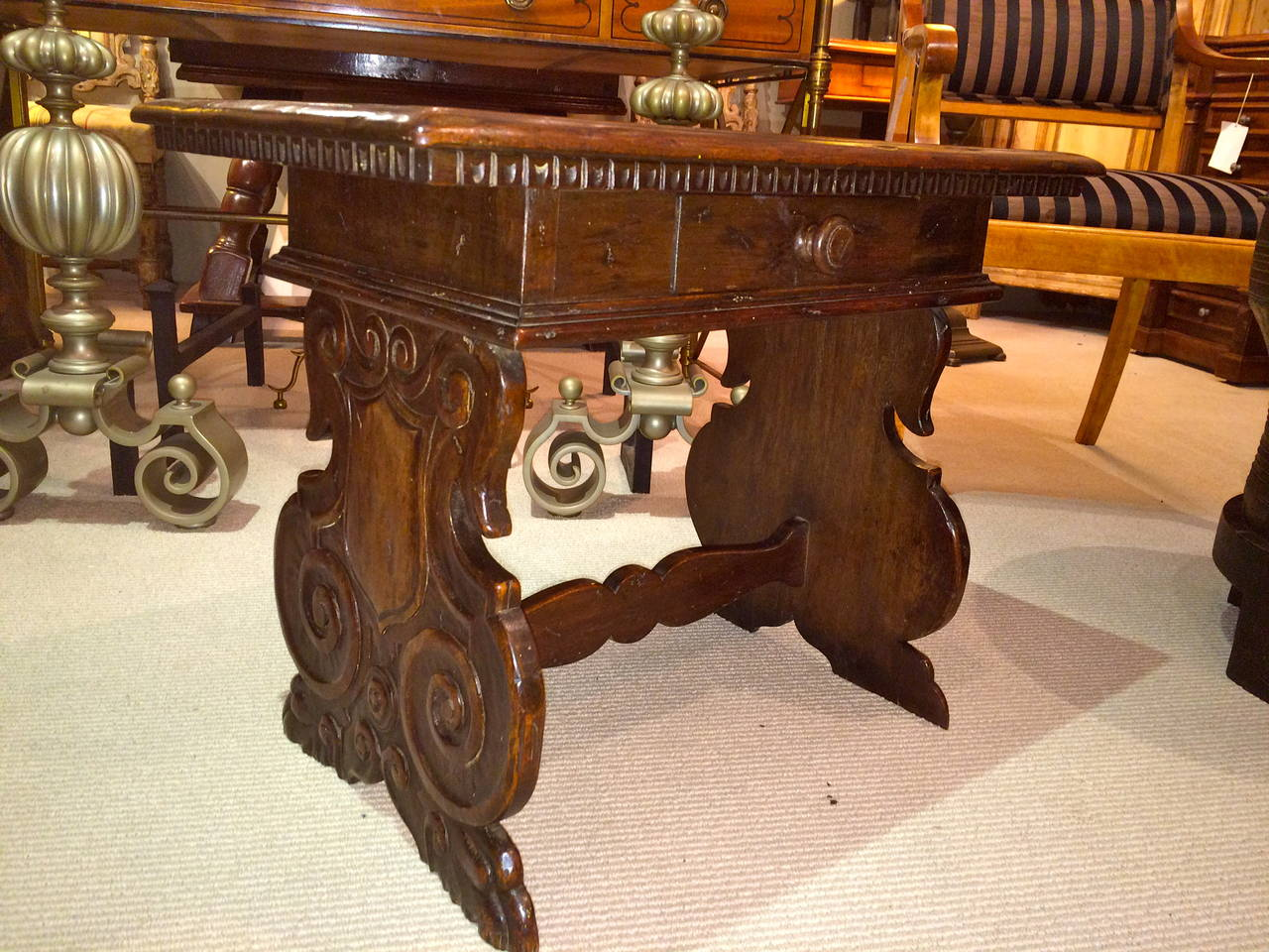 Italian Baroque Walnut Side Table For Sale 6