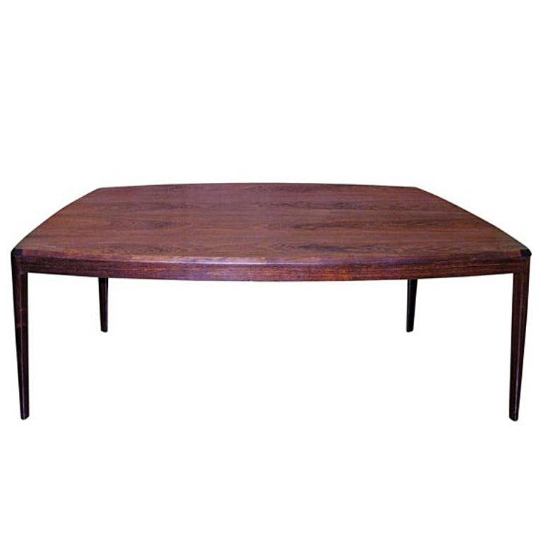 Danish Coffee Table in Rosewood with Tapered Legs