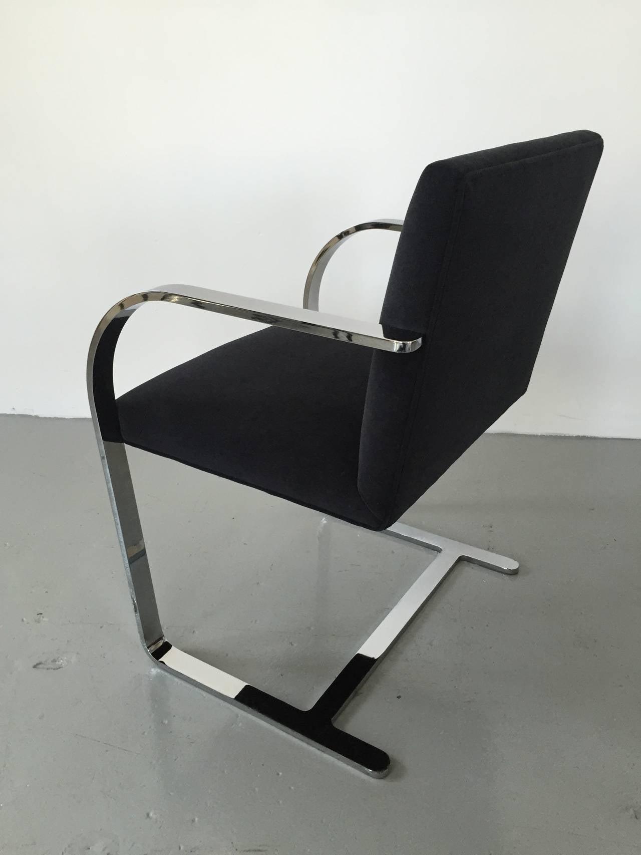 Brno Chair in Black 3