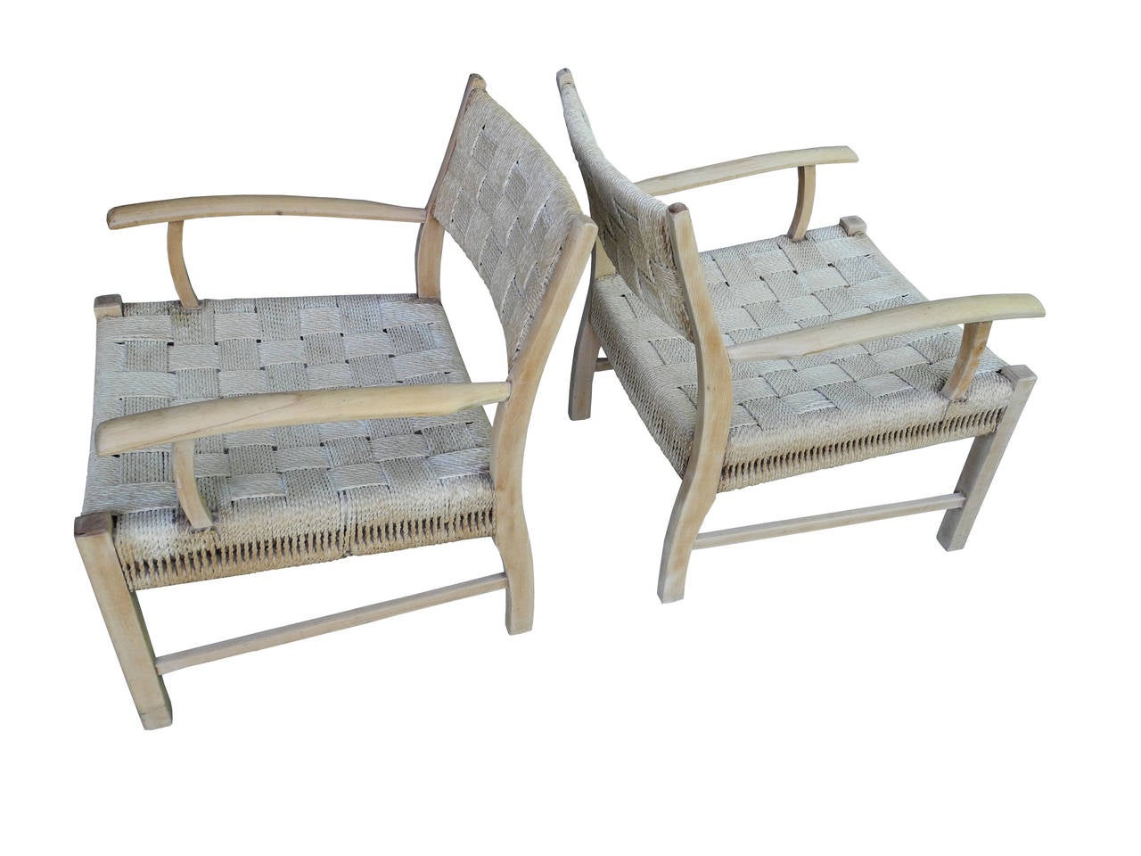 These Low Lounge Chairs From The 1950s Are Made Of Rope And Oak. Super  Comfortable