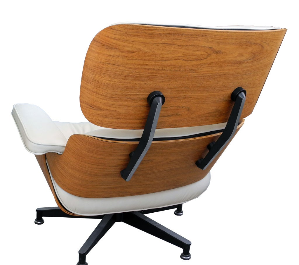 Eames 670 671 lounge chair and ottoman for herman miller at 1stdibs - Eames lounge chair prix ...