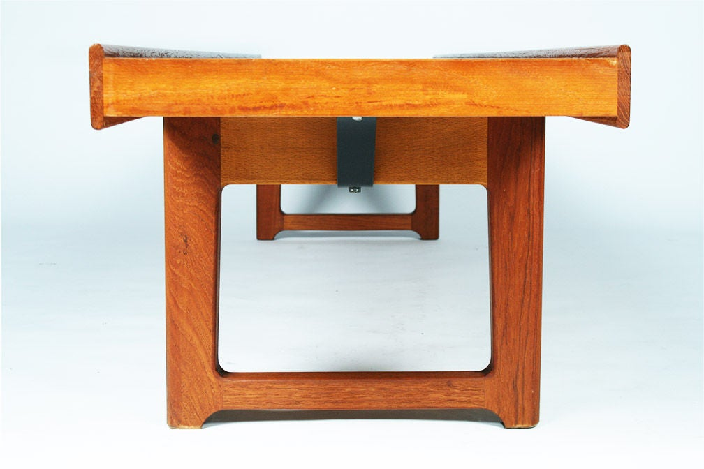Long Low Teak Plank Bench 'Krobo' by Torbjörn Afdal for Bruksbo In Excellent Condition For Sale In New York, NY