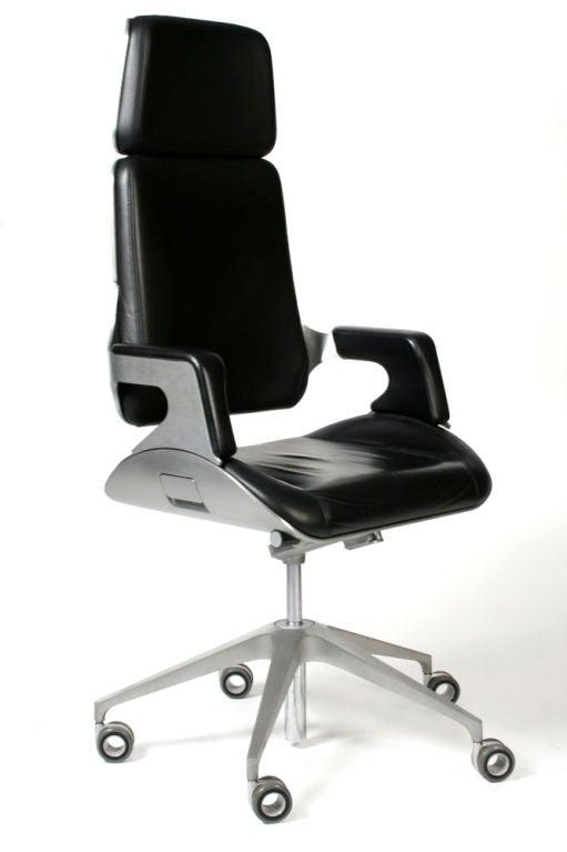 James Bond 007 Silver Executive Desk Chair By Interstuhl