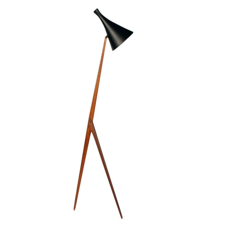 Praying Mantis Floor Lamp by Luxus