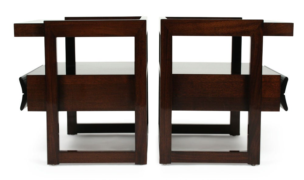 Mid-Century Modern Pair of Nightstands by Paul Laszlo for Brown Saltman For Sale