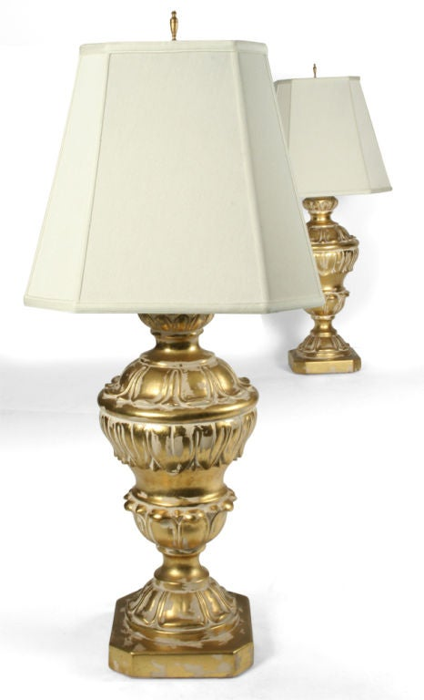 Pair of Monumental Parcel Gilt Plaster Table Lamps In Excellent Condition For Sale In New York, NY