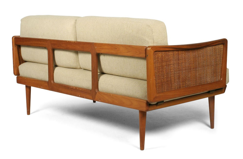 Mid-20th Century Convertible Settee Daybed by Peter Hvidt for France & Sons For Sale