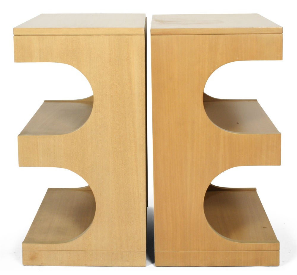 Pair of Tempo Group Nightstands by Drexel For Sale 1