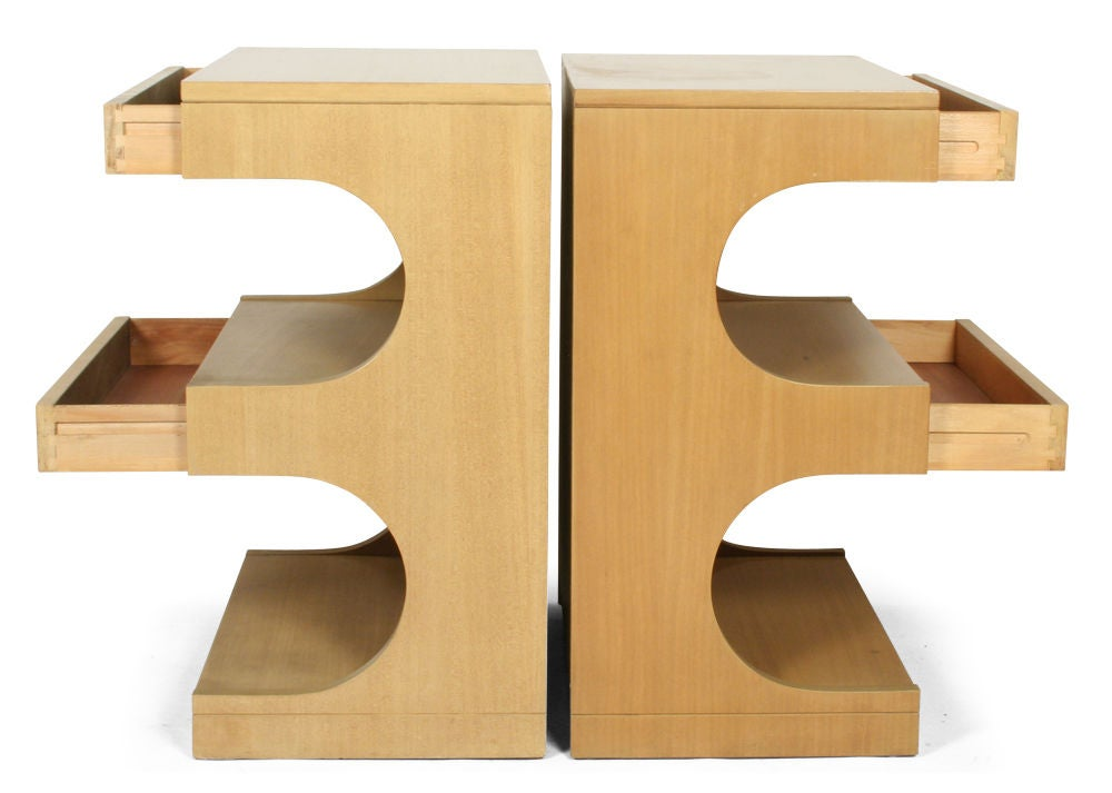 Pair of Tempo Group Nightstands by Drexel For Sale 2