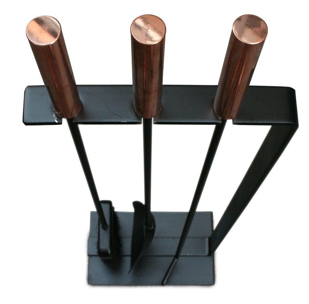 Modernist Set of Three Copper Handled Firetools In Excellent Condition For Sale In New York, NY