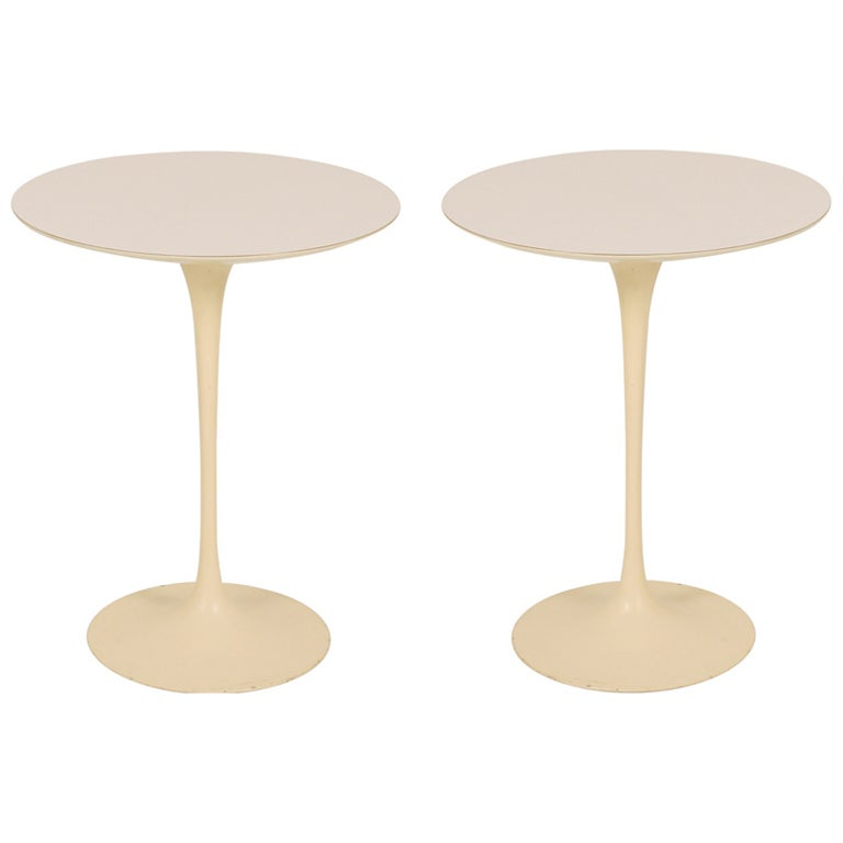 Cast Iron Tulip Pedestal Side Tables By Eero Saarinen For Knoll  International For Sale