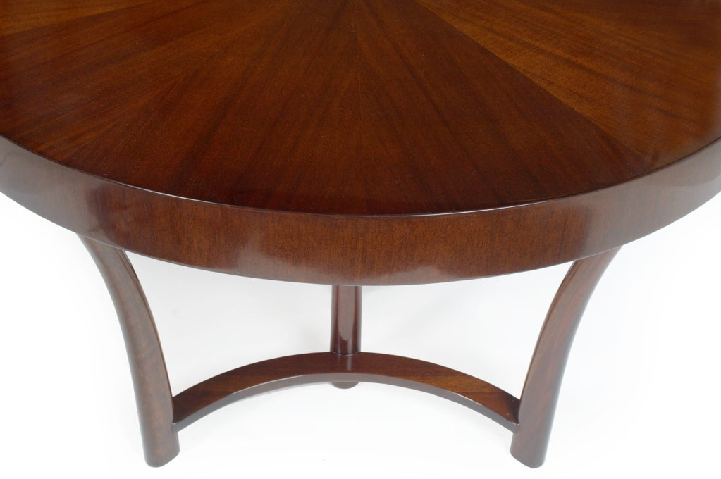 Round and Racetrack Dining Table after T.H. Robsjohn-Gibbings for Widdicomb In Excellent Condition For Sale In New York, NY