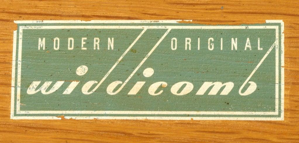 Kneehole Desk by T.H. Robsjohn-Gibbings for Widdicomb 5