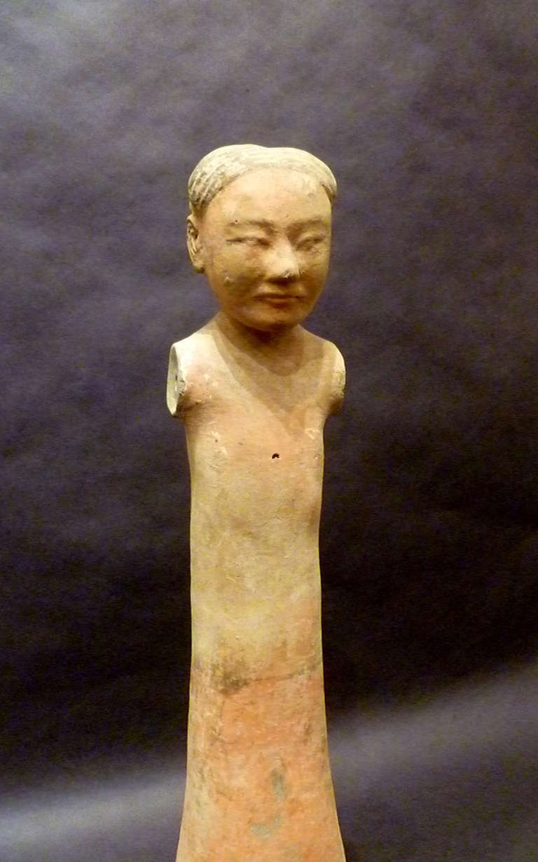 Terracotta Fine Chinese Han Dynasty Pottery Figure of A Standing Woman For Sale