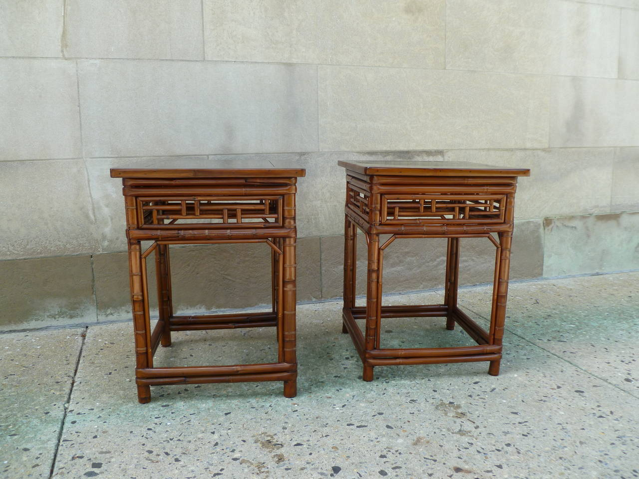 Delightful A Pair Of Elegant Square End Tables With Black Lacquer Top And Bamboo  Lattice Fretwork,