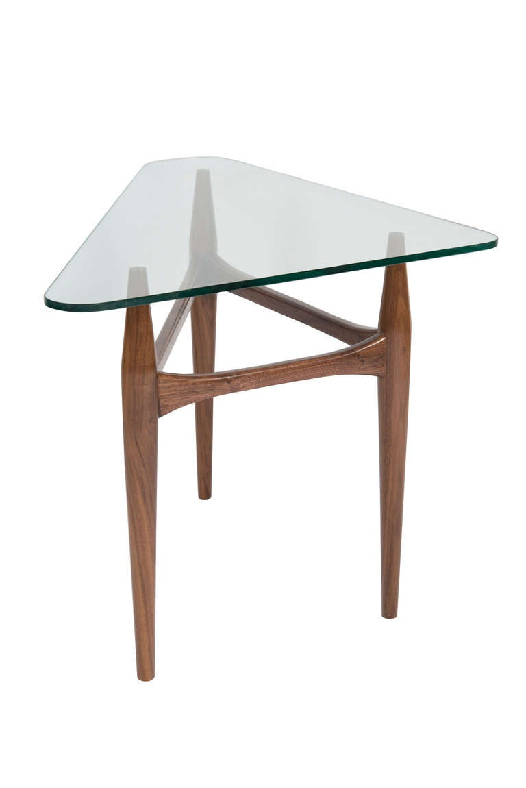 preston walnut tripod glass top side table for sale at 1stdibs. Black Bedroom Furniture Sets. Home Design Ideas