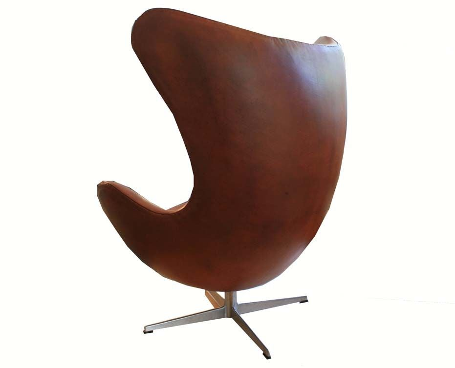 arne jacobsen leather 1950 39 s fritz hansen egg chair at 1stdibs. Black Bedroom Furniture Sets. Home Design Ideas