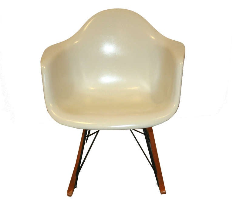 charles eames for herman miller original rar chair at 1stdibs