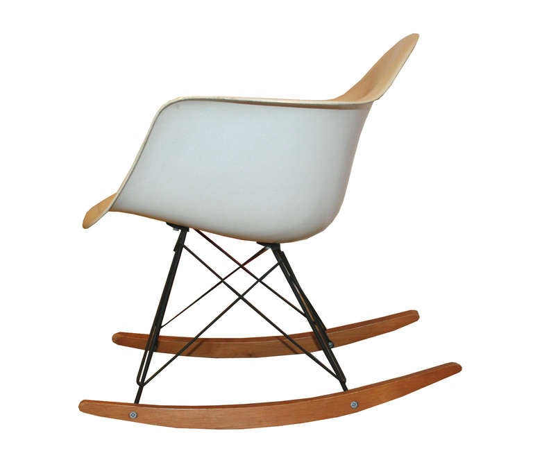 charles eames for herman miller original rar chair at 1stdibs