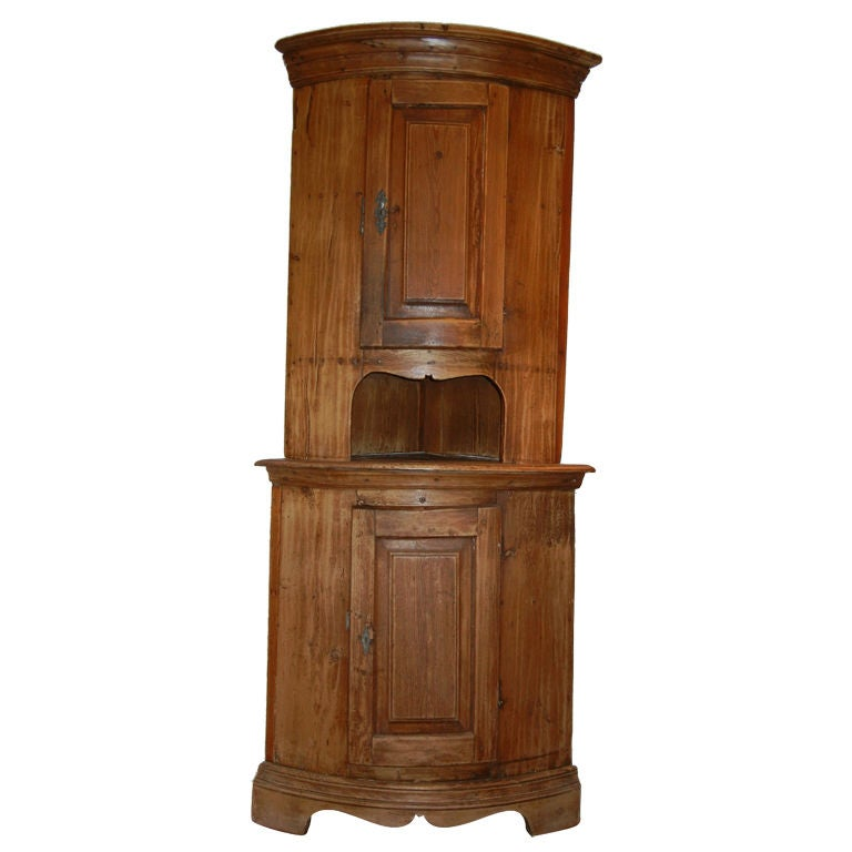 Tall Antique American Pine Corner Cabinet At 1stdibs