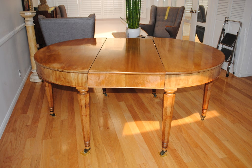 A louis philippe oval dining room table c1880s at 1stdibs for Table 6 pieds louis philippe