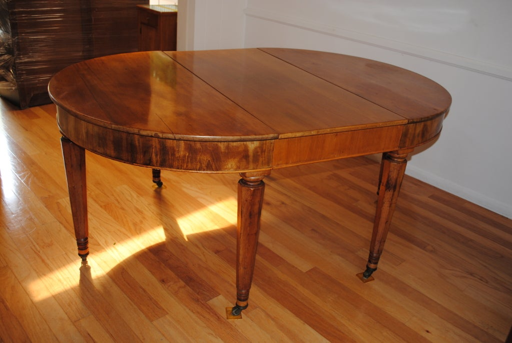 A louis philippe oval dining room table c1880s at 1stdibs for Oval dining room table