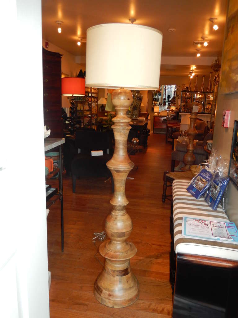 Hand Turned Mango Wood Standing Lamp In Excellent Condition For Sale In Bellport, NY