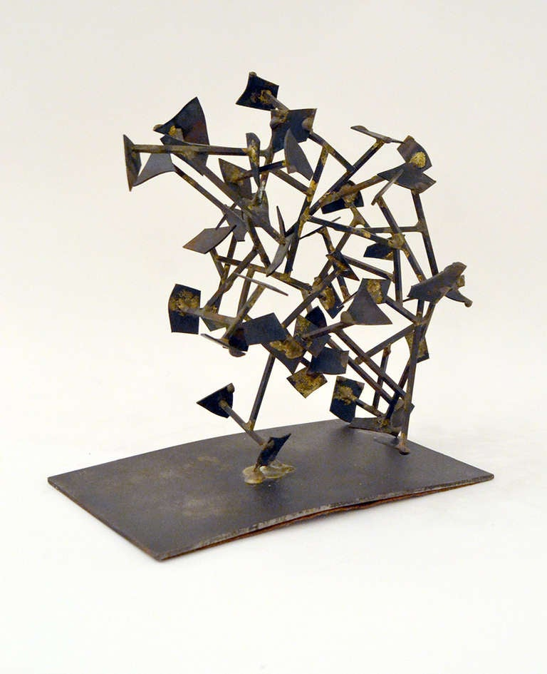 Harry Bertoia Welded Steel and Brass Sculpture, USA 1950s In Excellent Condition For Sale In New York, NY