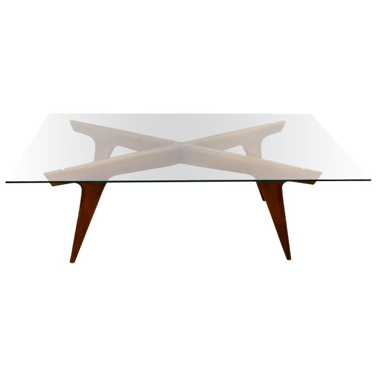 Signature Designed Walnut Coffee Table By Gio Ponti At 1stdibs